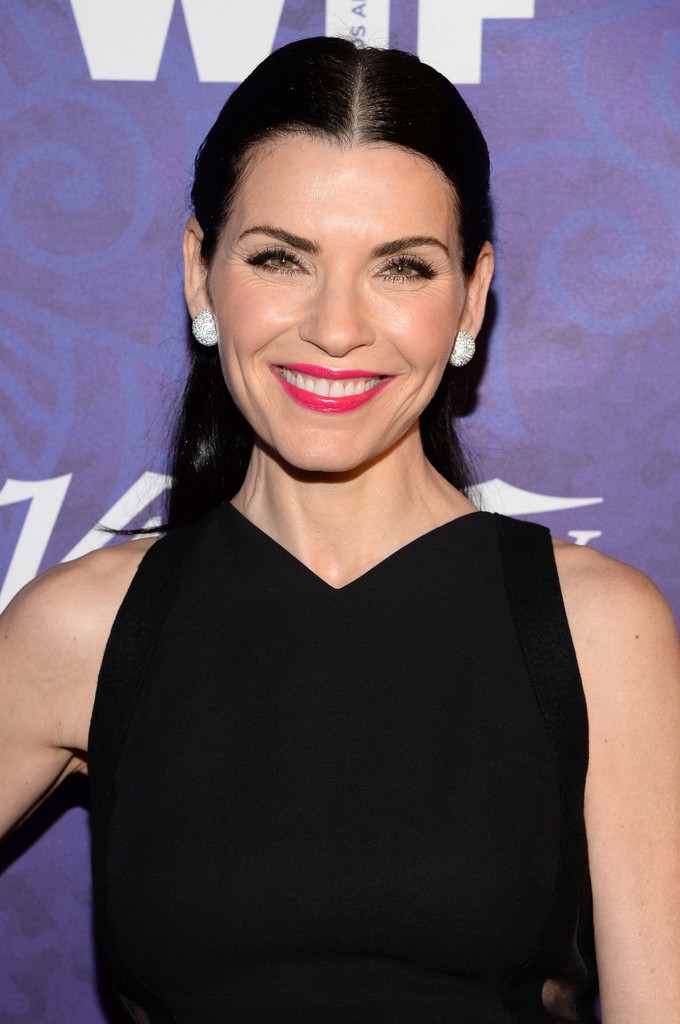 Julianna-Margulies-Victoria-Beckham-Variety-and-Women-in-Film-Emmy-Nominee-Celebration-