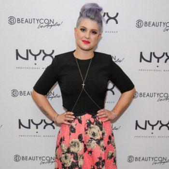 Kelly-Osbourne-In-Zara-Topshop-BeautyCon-LA-Talent-Lounge-1