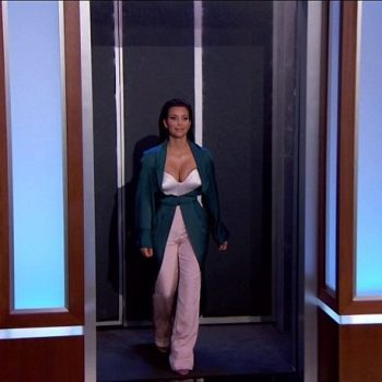 Kim-Kardashian-In-Ulyana-Sergeenko-Spring-2014-Couture-Emerald-Green-Silk-Jacket-and-Pink-Trousers-on-Jimmy-Kimmel-Live-10