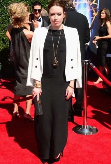 Natasha-Lyonne-Creative-Arts-Emmy-Awards-2014-381×560