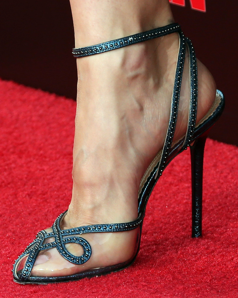 Olga-Kurylenko-sandals-The-November-Man-World-Premiere-