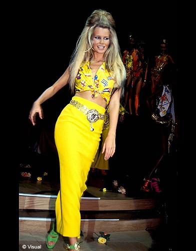 Claudia Schiffer-1992 Versace