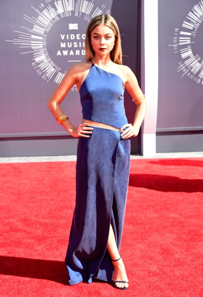 Sarah-Hyland-Wearing-Kaufmanfranco-2014-MTV-Video-Music-Awards-VMA