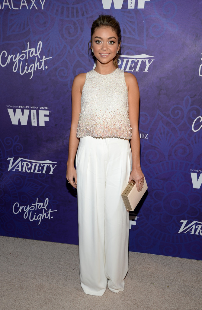 Sarah-Hyland-in-Georges-Hobeika-Alberta-Ferretti-Variety-and-Women-in-Film-Emmy-Nominee-Celebration-1