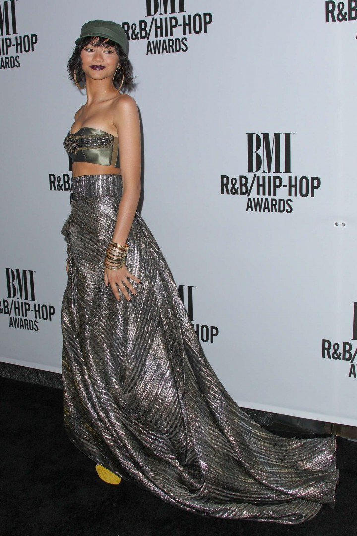 Zendaya-Coleman-Hot-at-2014-BMI-R-B-Hip-Hop-Awards--11-720x1080