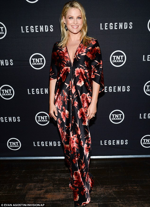 Ali Larter wears Naeem Khan at the 'Legends' NYC Premiere