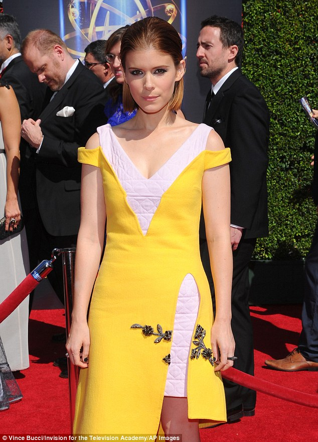 Kate-Mara-Christian Dior-Creative-Arts-Emmy-2014