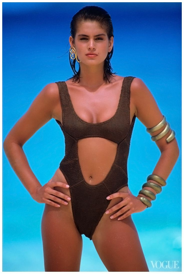 Cindy Crawford 90's Classic Vogue | Via LadyLuxury bathing suit bikini swimwear swimsuit summer beach