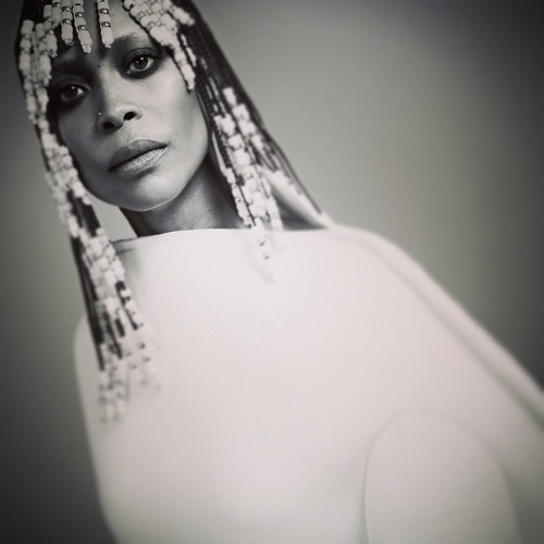 erykah-badu-for-in-style-magazine-Gigionthat-1