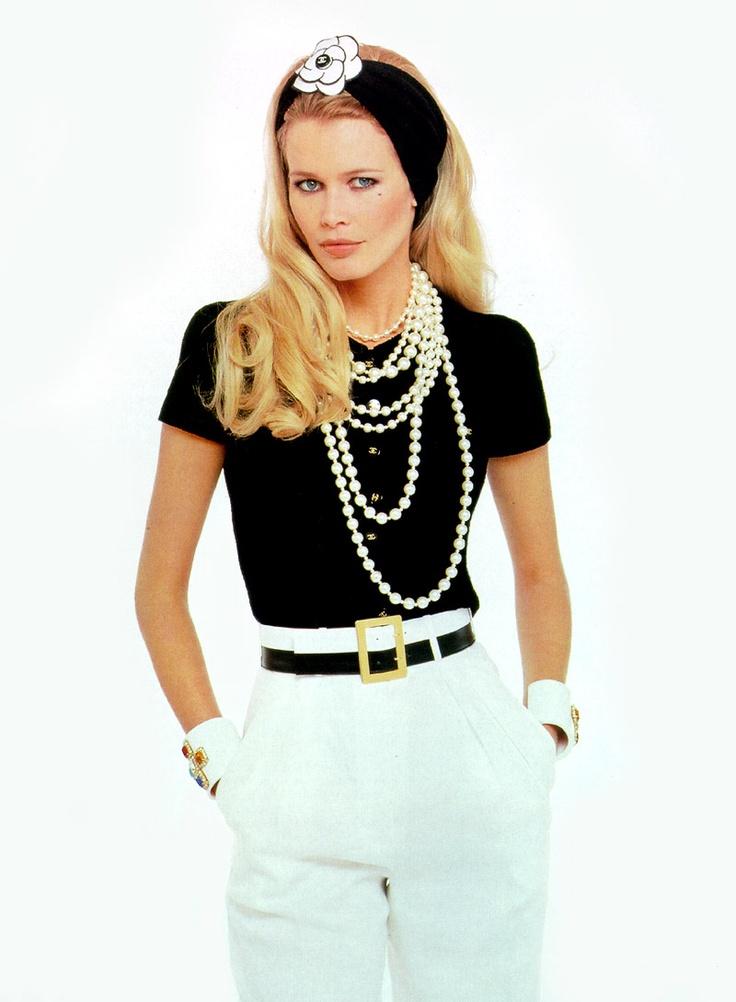 Chanel 1995 Claudia Schiffer.