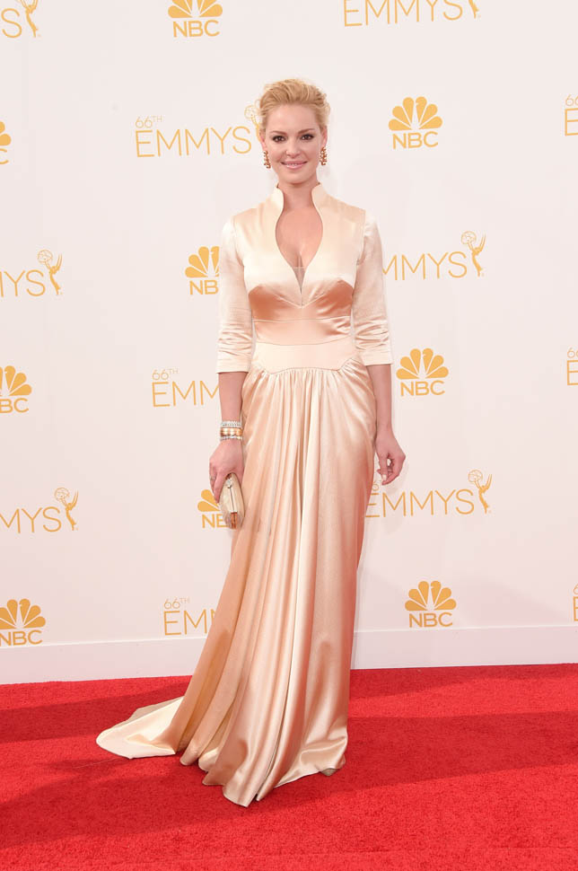 heigl emmys 26aug14 021  Katherine Heigl  in  John Hayles vintage Parisian silk dress at The 2014 Emmy Awards