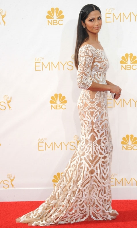 2014-emmy-awards-red-carpet-best-dressed-Camila-Alves-in-a-white-Zuhair-Murad-Couture-dress-3