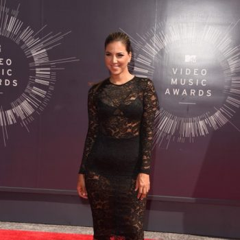 liz-hernandez-2014-mtv-vmas-misha-collection-lace-dress