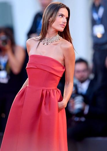 Ambrosio- in- Alberta -Ferretti -at the -Venice -Film -Festival premiere-