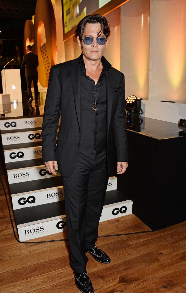 -johnny-depp-gq-men-of-the-year-2014-awards