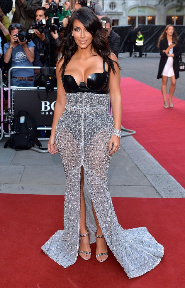 -kim-kardashian-west-gq-men-of-the-year-awards-2014