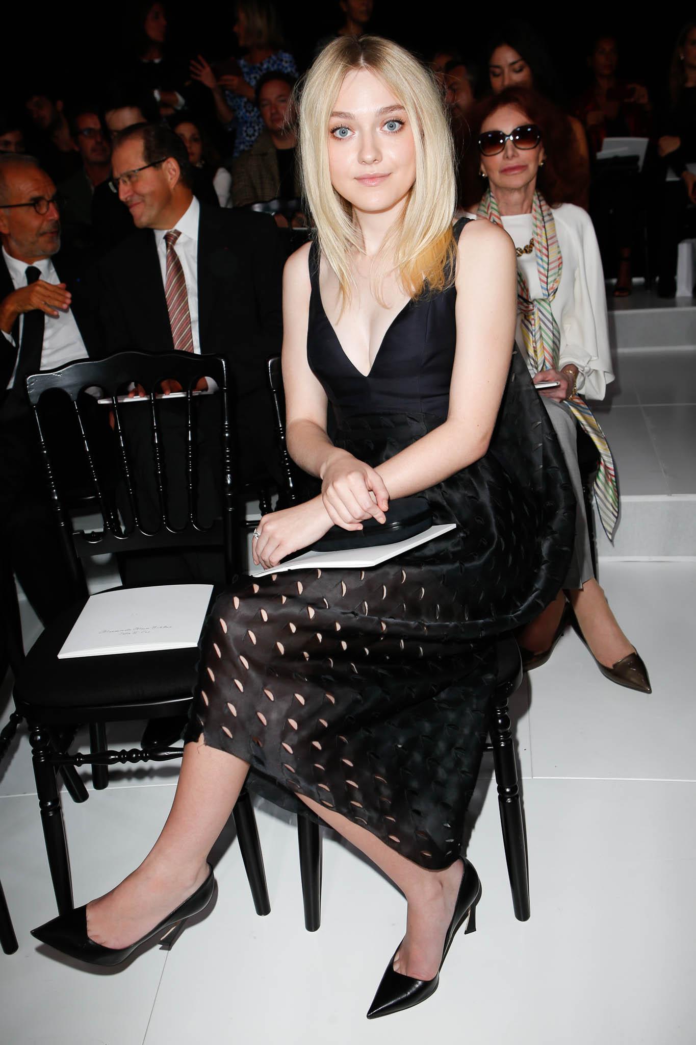 Dakota -Fanning- Christian -Dior- Spring- 2015 -Front- Row