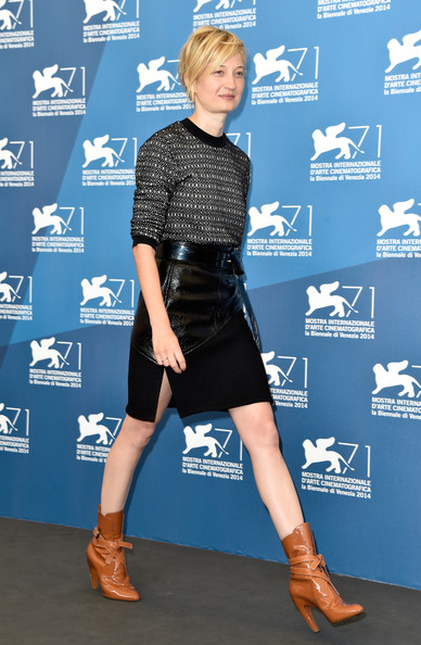 Alba- Rohrwacher- In -Louis- Vuitton- At -The- 'Hungry -Hearts'- Venice -Film -Festival- Photocall