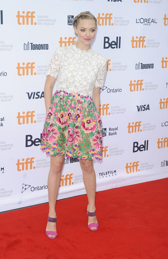 Amanda-Seyfried-dress-While-Were-Young-Premiere-at-the-2014-Toronto-Film-Festival-4