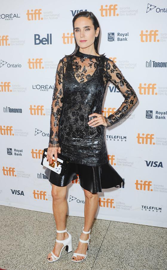 Jennifer-Connelly-dress-Shelter-premiere-at-2014-TIFF-3