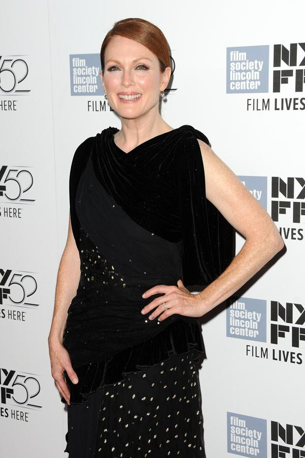 Julianne-Moore-gown-Maps-To-The-Stars-Premiere-2
