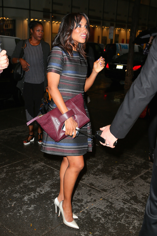 Kerry-Washington-looked-pretty-in-a-striped-dress-as-she-arrives-at-the-NBC-studios-in-New-York-City