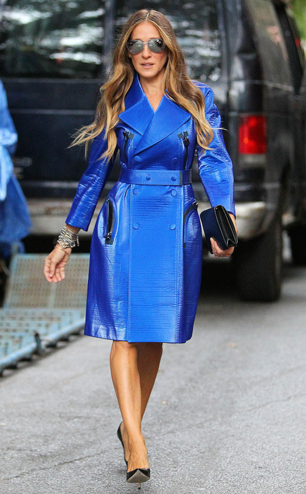 Sarah Jessica Parker in Calvin Klein Collection Resort 2015 Electric Blue Trench Coat at the Calvin Klein Collection Spring 2015 NYFW SS15 show 3 1 Sarah Jessica Parker at Calvin Klein Spring 2015 Front Row