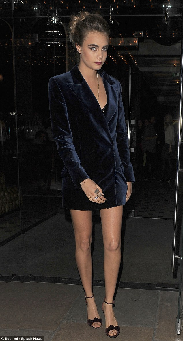 cara-delevingne-emilio-pucci-vogue-j-crew-london-fashion-week-dinner/