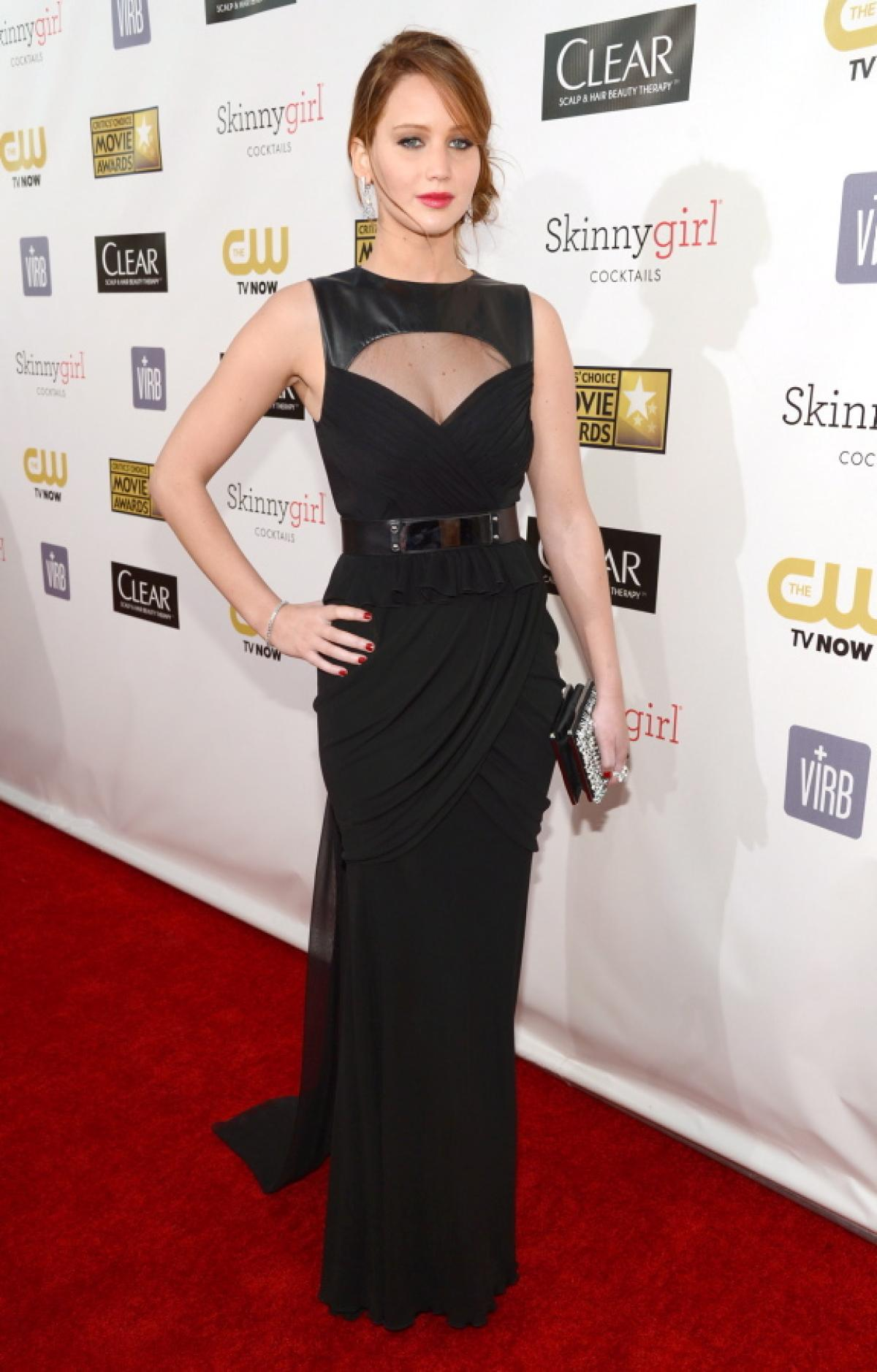 In a black sleeveless Prabal Gurung column dress with leather accent at The Critics-Choice Movie Awards Jan 10 ,2013