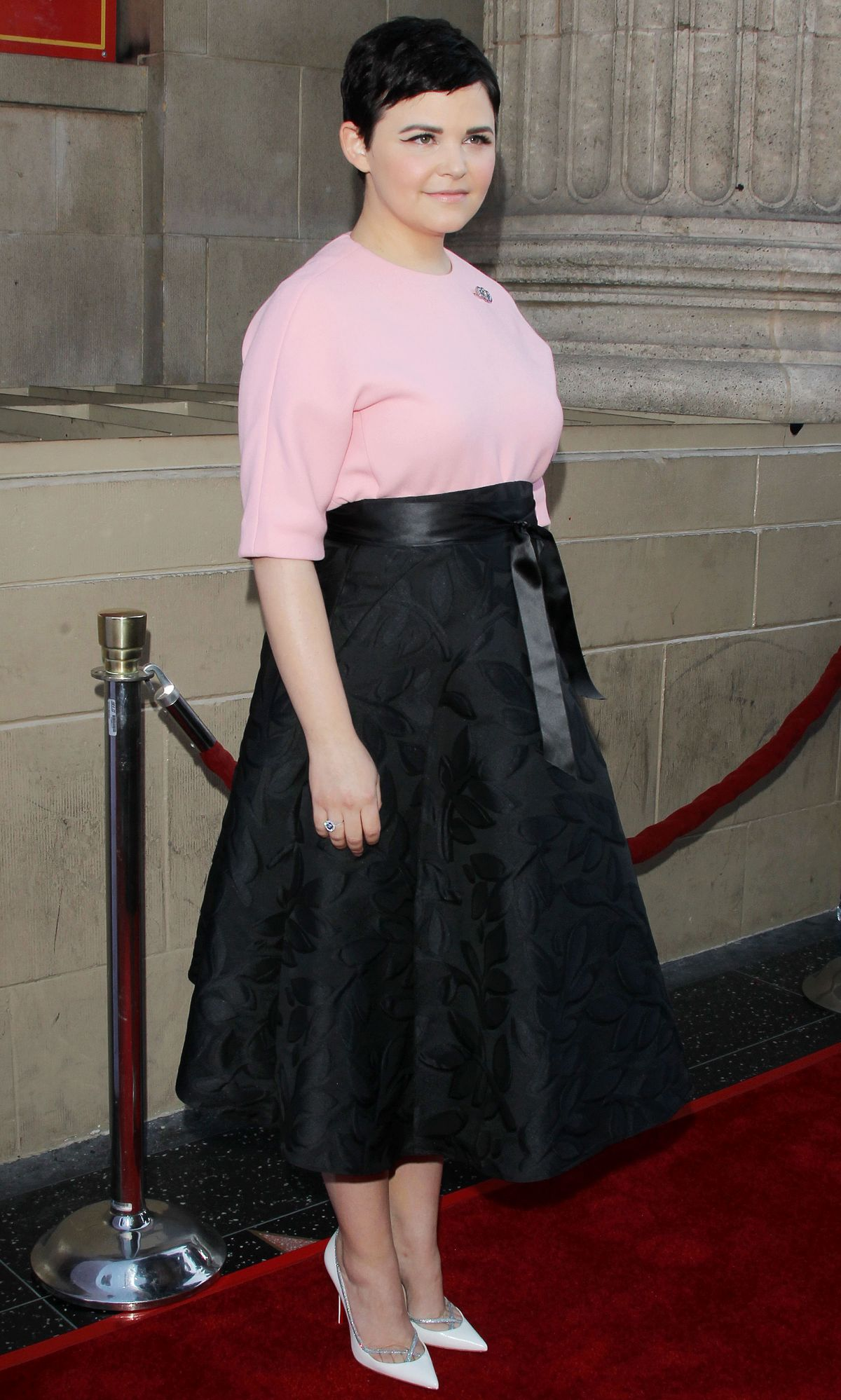 ginnifer-goodwin-at-once-upon-a-time-season-4-screening-in-hollywood_4