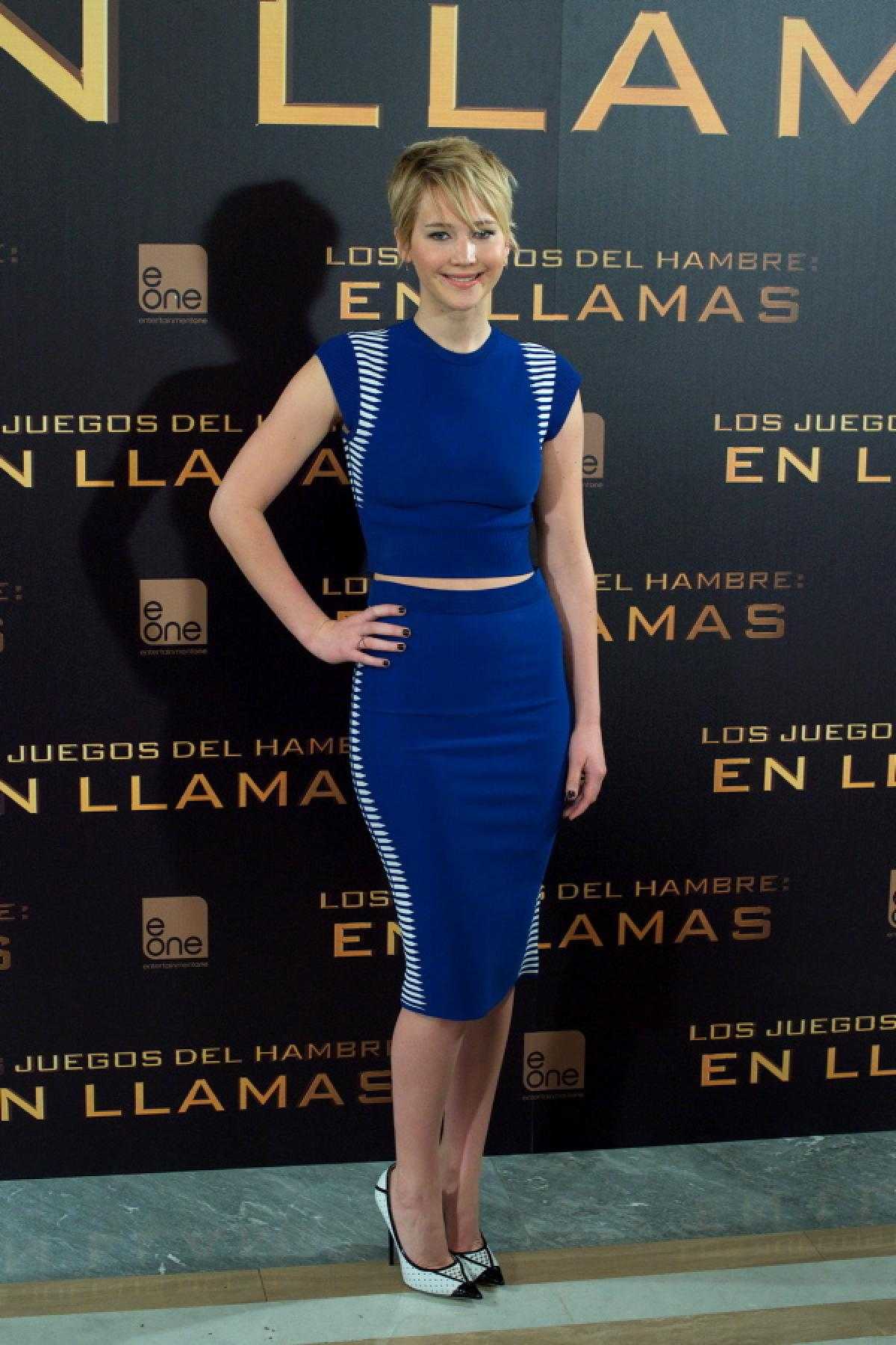 Ina royal blue and stripe Alexander Mcqueen croptop and pencil skirt at The Hunger Games-Catching Fire Madrid photo call on Nov 13,2013