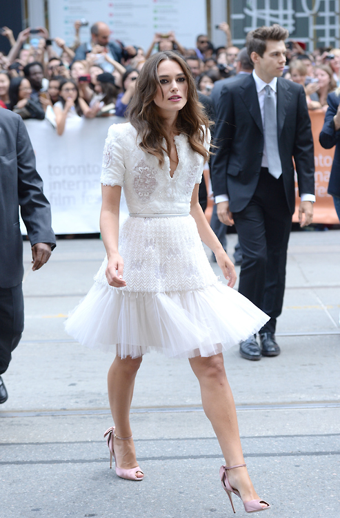 keira-knightley-chanel-couture-imitation-game-toronto-film-festival-premiere/