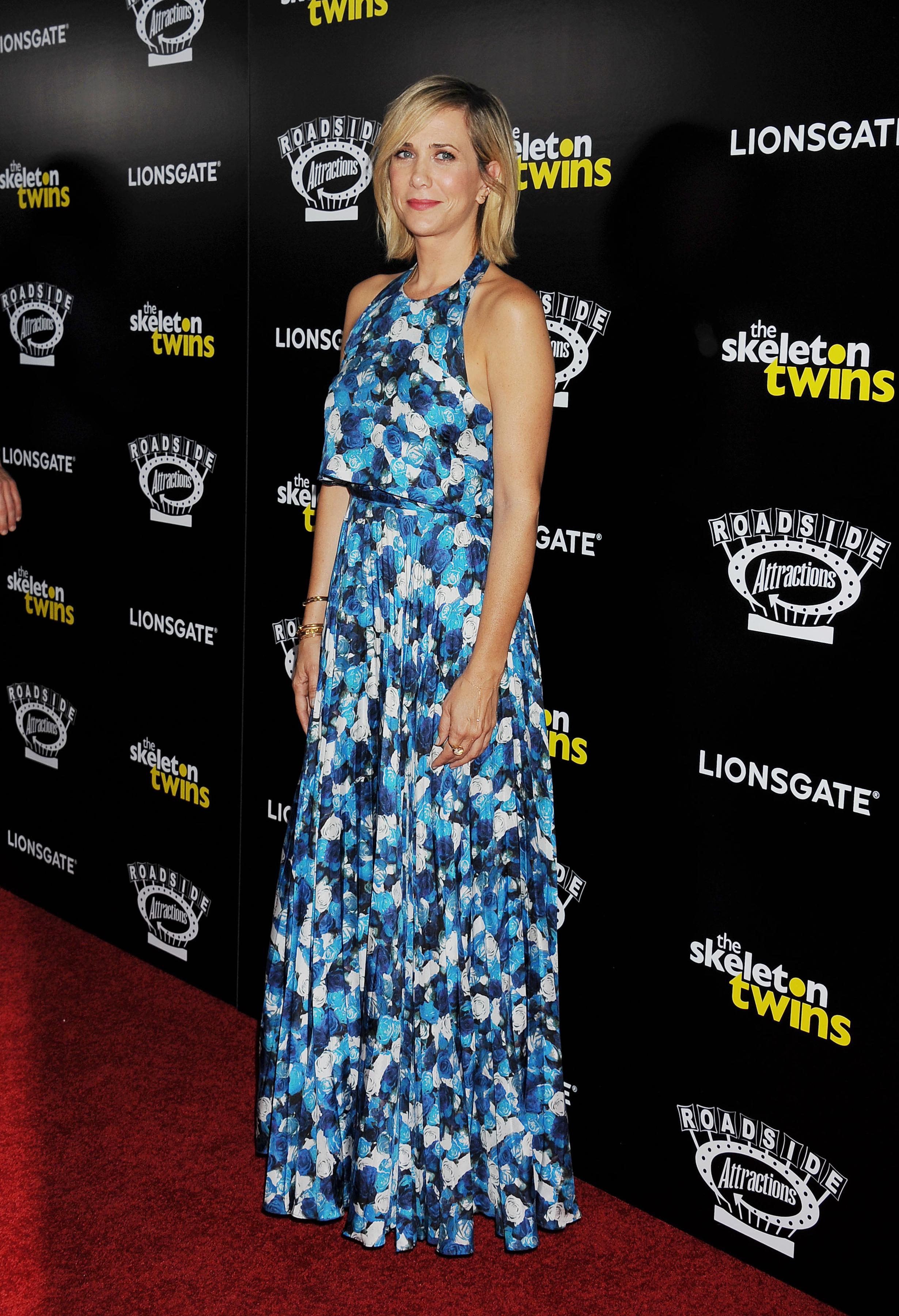 wiig@j26 21  Kristen Wiig  at  'The Skeleton Twins' LA Premiere wearing  Peter Som