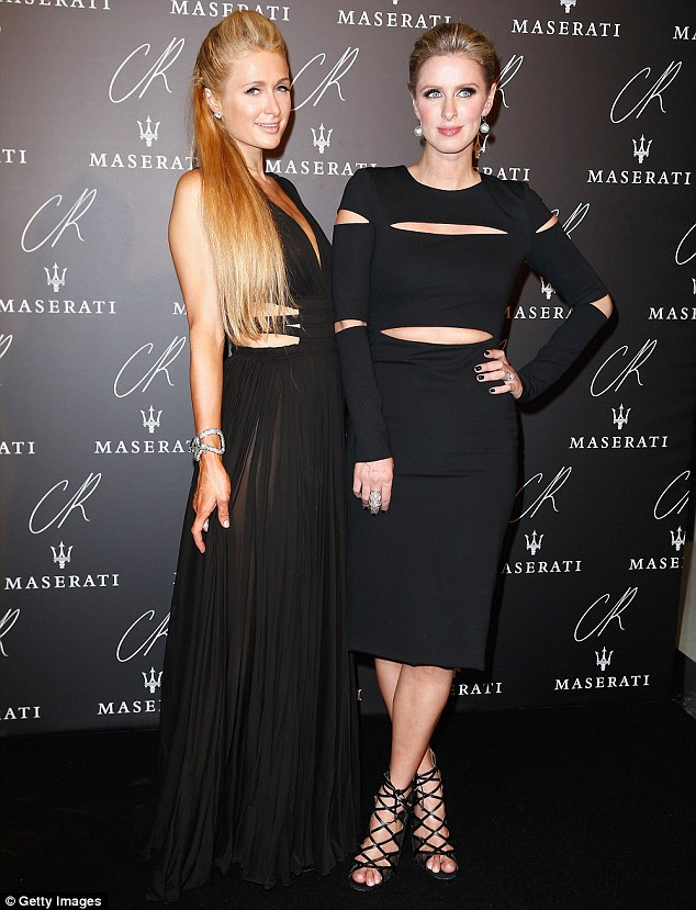 Paris -Hilton-and -Nicky-Hilton-at- the- CR -Fashion -Book -Issue- N°5 -Launch- Party -Red -Carpet