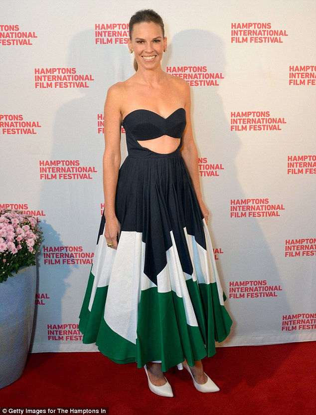 hilary-swank-delpozo-homesman-hamptons-international-film-festival-premiere