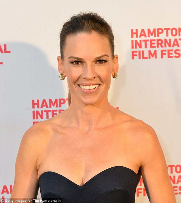 hilary-swank-delpozo-homesman-hamptons-international-film-festival-premiere/