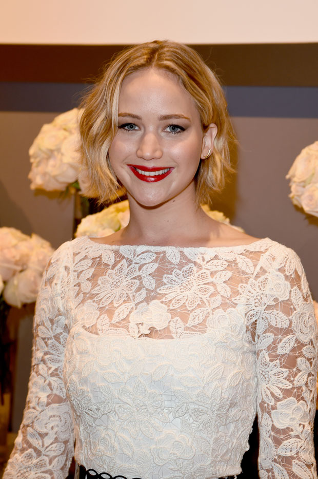 jennifer-lawrence-oscar-de-la-renta-elles-21st-annual-women-hollywood-celebration/