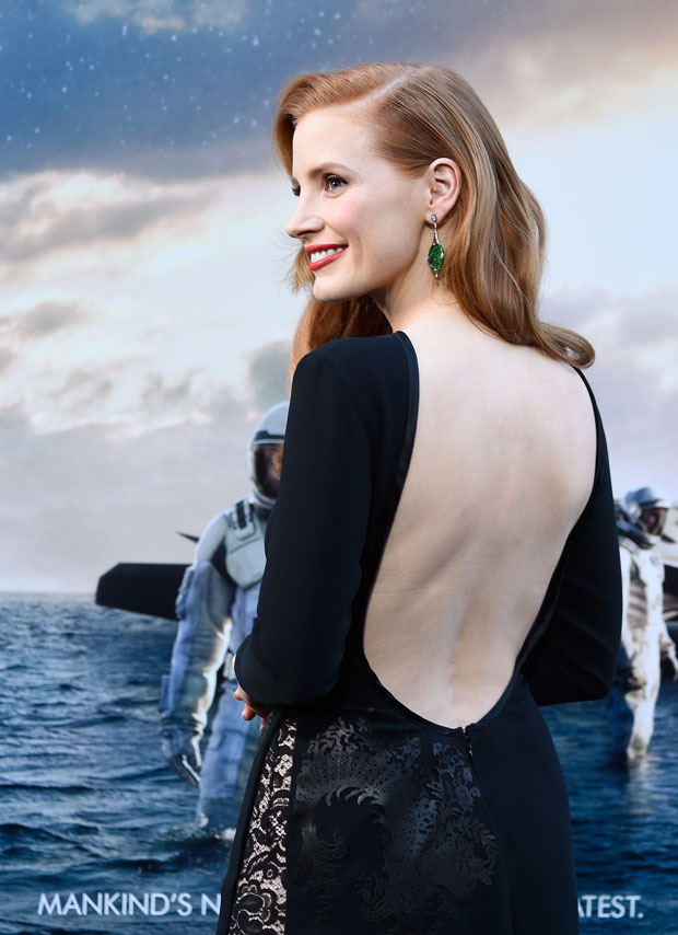 jessica-chastain-givenchy-couture-interstellar-la-premiere/