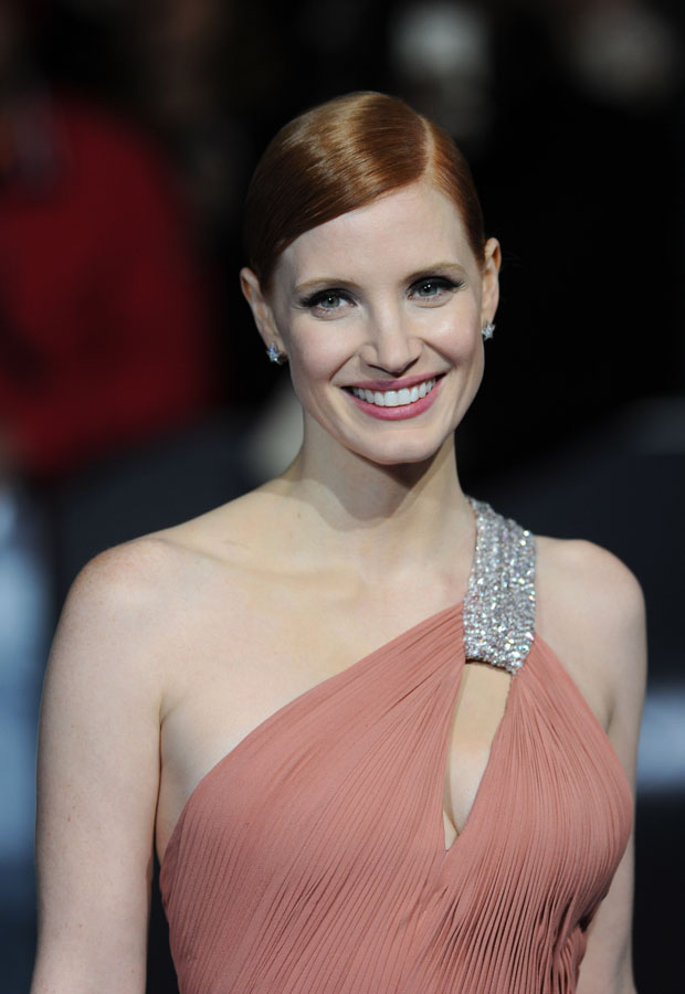 jessica-chastain-saint-laurent-interstellar-london-premiere/interstellar-european-premiere-red-carpet-arrivals