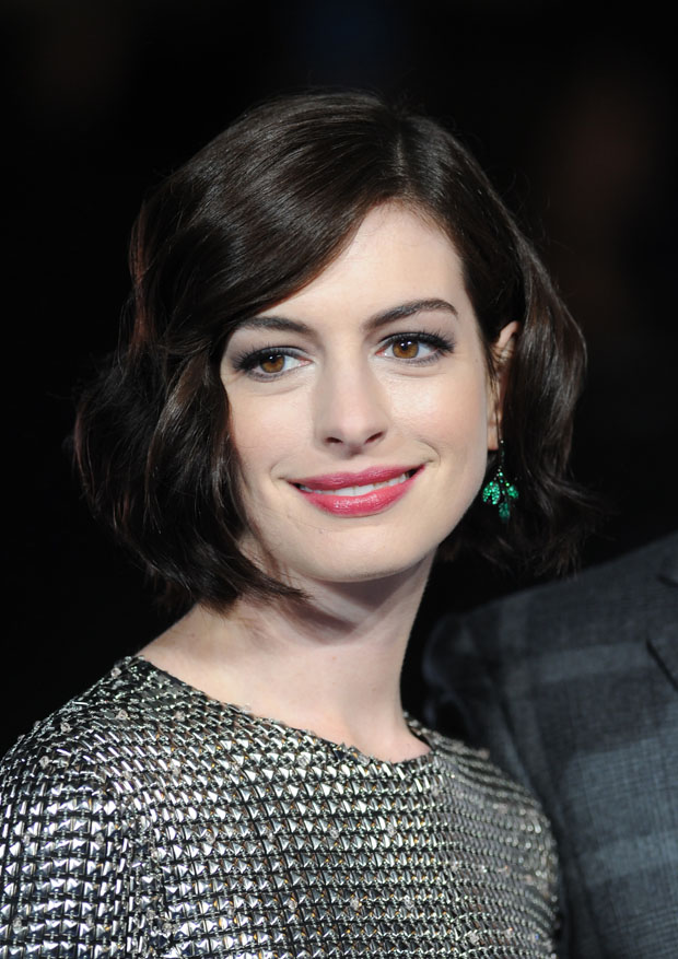 anne-hathaway-wes-gordon-interstellar-london-premiere/interstellar-european-premiere-red-carpet-arrivals/