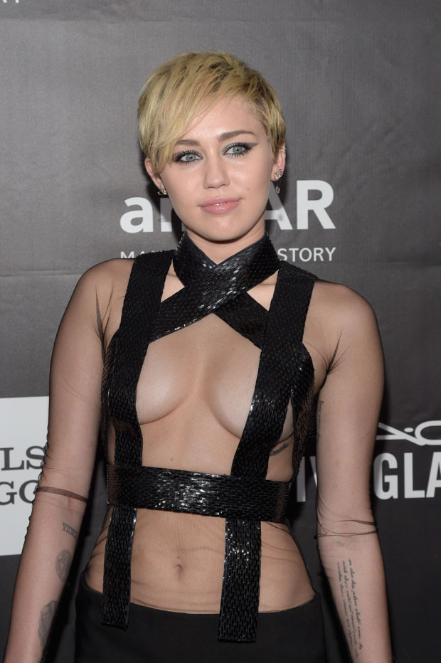 miley-cyrus-tom-ford-2014-amfar-la-inspiration-galared-carpet.jpg