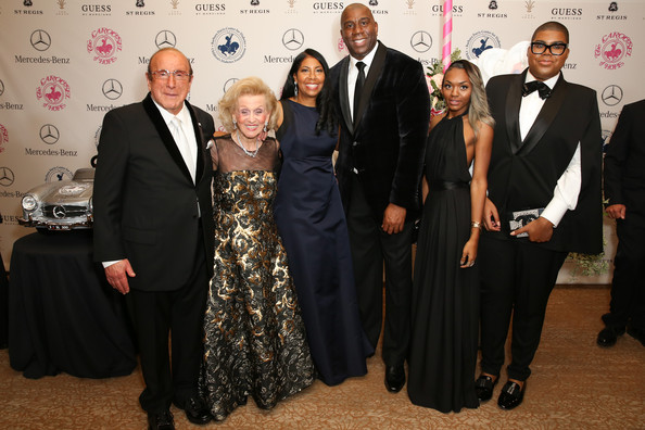 CliveDavis with Magic Johnson and Family