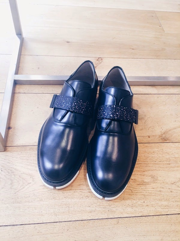 Dior+Homme+by+Kris+Van+Assche+Spring+2015+graphite+print+velcro+leather+shoes.jpg+-1
