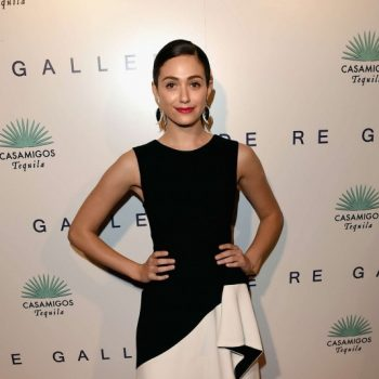 EMMY-ROSSUM-at-Brian-Bowen-Smith-Wildlife-Show-in-West-Hollywood-6-535×814