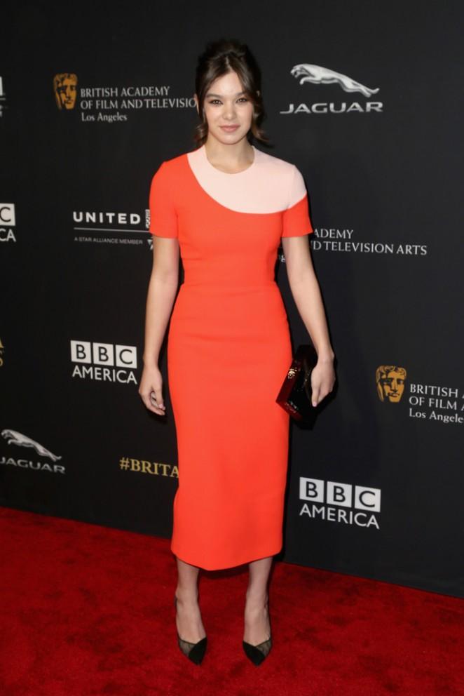 Hailee-Steinfeld-2014-BAFTA-01-662×992