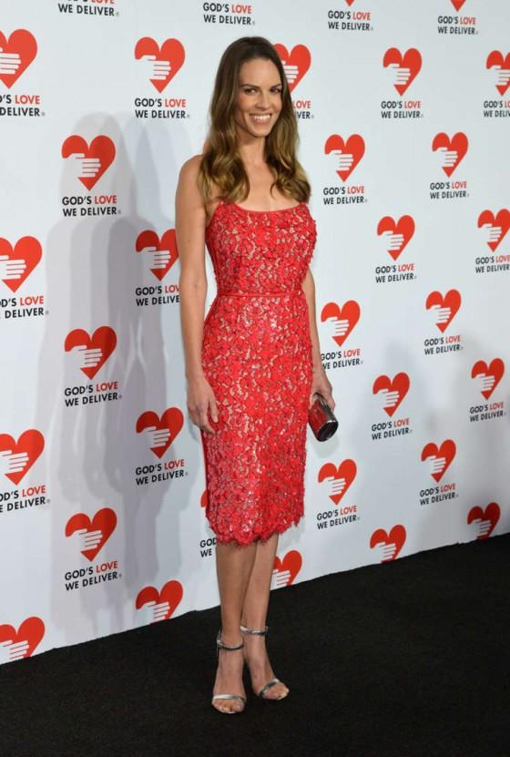 Hilary-Swank--2013-Golden-Heart-Awards-Celebration