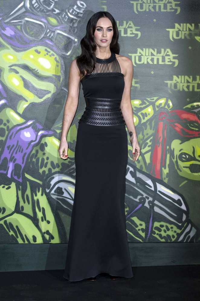 Megan-Fox--Premiere-Teenage-Mutant-Ninja-Turtles--08-662x994