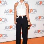 Kaley Cuoco in  LNA and ISSA – Aspca Passion Awards