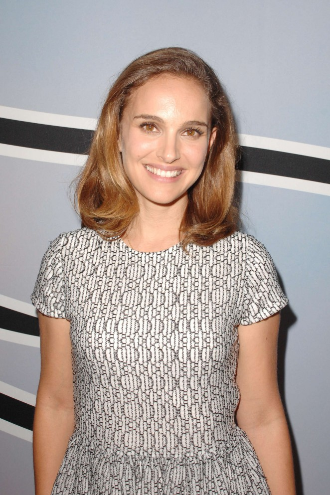 Natalie Portman In Dior – L.A. Dance Project Benefit Dinner