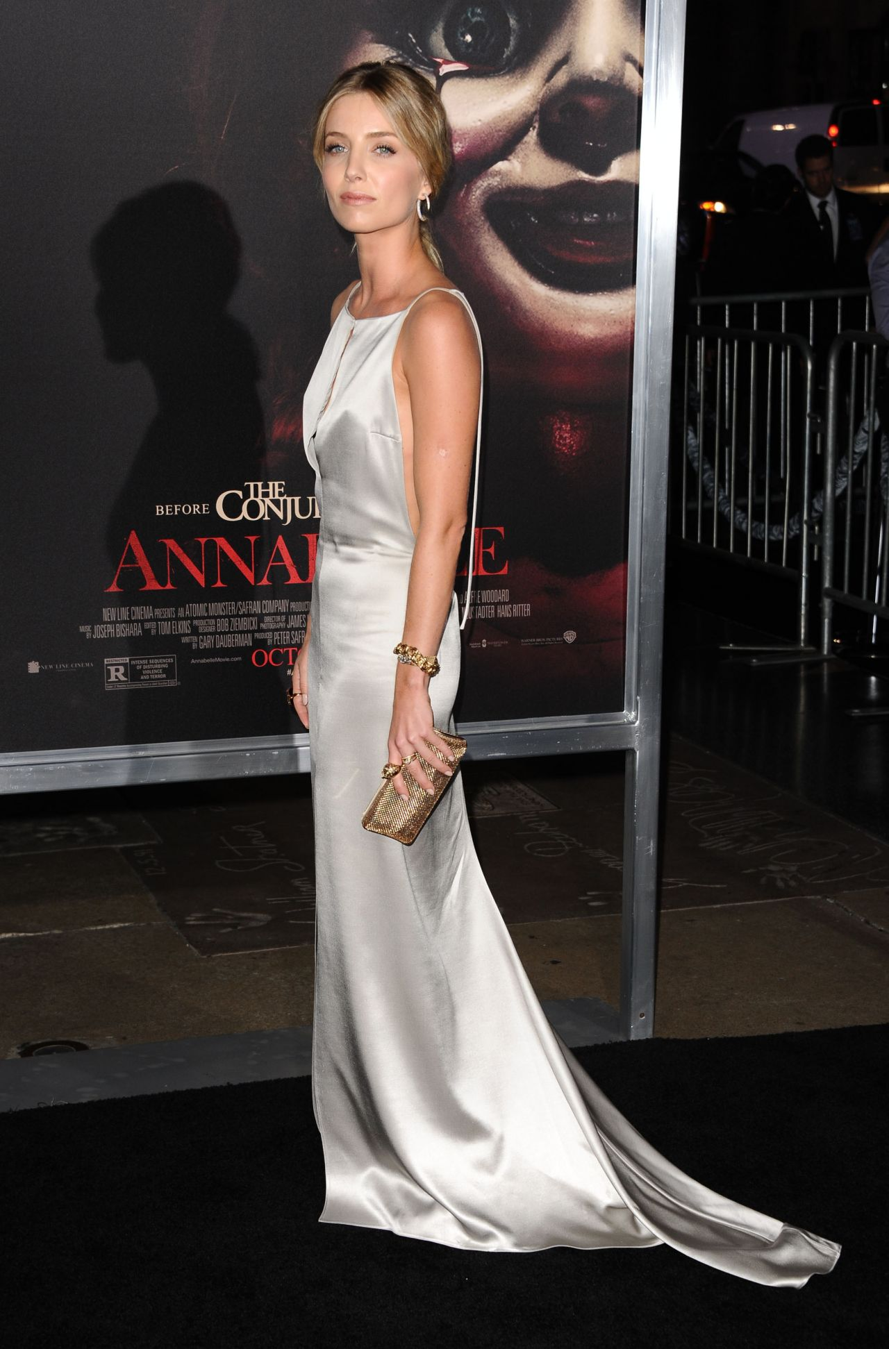 annabelle-wallis-annabelle-screening-in-hollywood_14